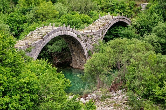historical bridges near Ioannina, Gay Ioannina Greece, Ioannina Hotels, Ioannina Travel Guide
